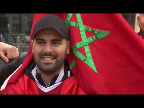 احتفالات مغربية إسبانية في كالينينغراد قبل مواجهة البلدين في كأس العالم …