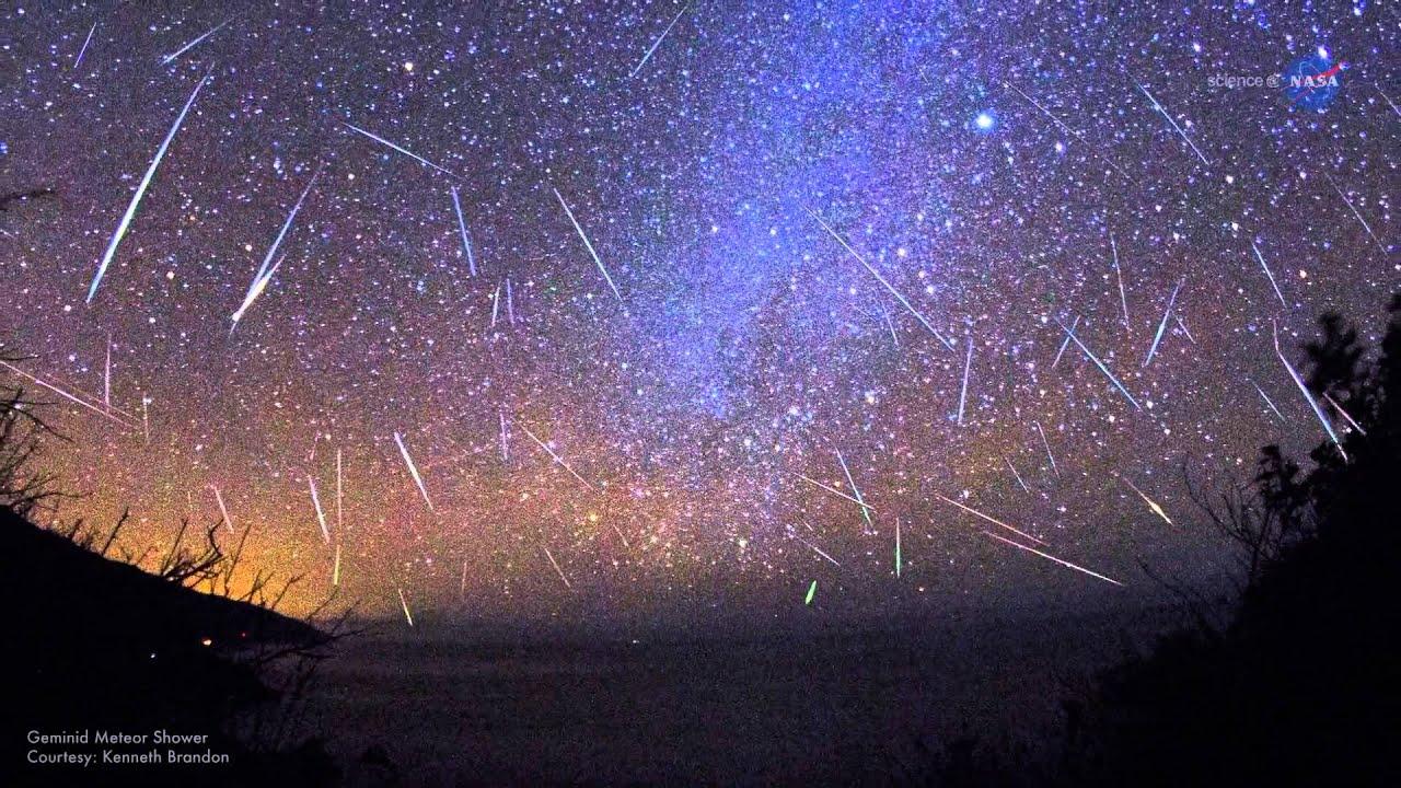 Meteors Falling Wallpaper A Great Perseid Meteor Shower Is Coming This Week Video