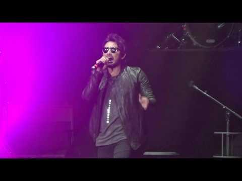 Beto Cuevas - Estrechez De Corazon (Nada Es Para Siempre / Movistar Arena / 27.11.2015)