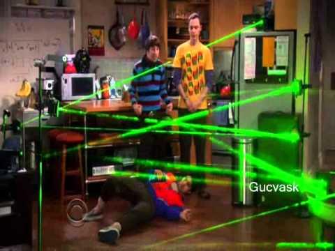 Ajedrez y cena secreta de los obstaculos laser