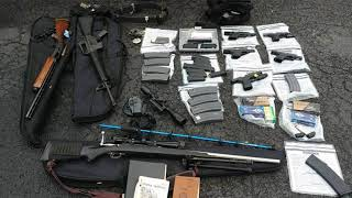 Police say they thwarted mass shooting after arresting man with 5 guns in car