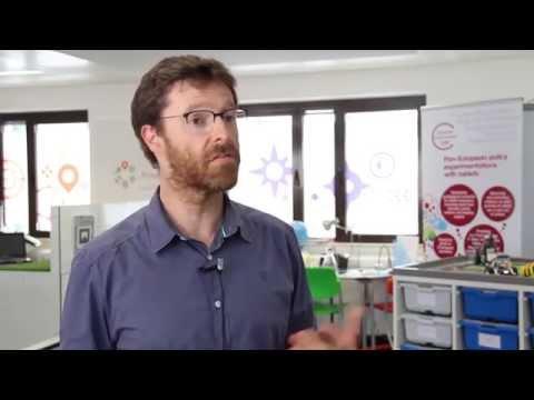 Creative Classrooms Lab | Experiences - CCL tablet pilots