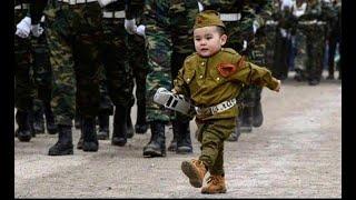 Фото В Якутии двухлетний Артур возглавил Парад Победы 👮.