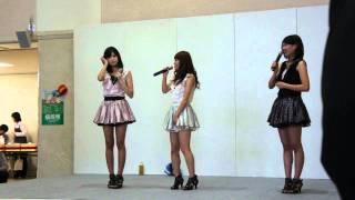 2011/10/8 (一回目) M1.プラスちっく☆スター M2.ねぎねぎROCK~私もお家...