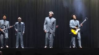 David Byrne - This Must Be The Place (Naive Melody)