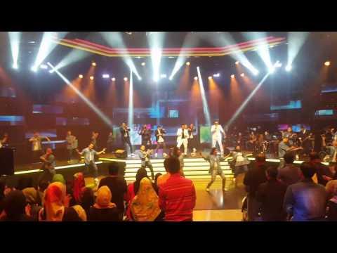 4u2c: Medley Song Konsert Komedi Astro Warna