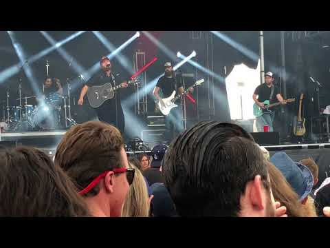 Luke Combs - Beer Can - Live at the Innings Music Festival - Tempe Arizona - March 25,2018