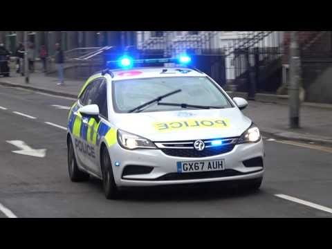 Sussex Police cars and Van responding - BRAND NEW '67' Astra!