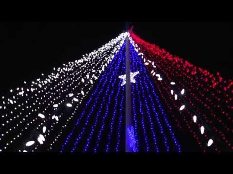 Seasonal & Christmas Lights in Omaha, Dundee, & La Vista, Nebraska