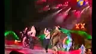 группа ЭксББ на фестивале Песня Года 99