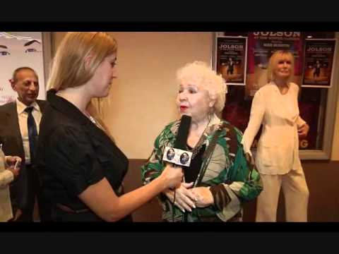 with ,Estell Harris, George's mother, Seinfeld,SHARON MOR, WHAT'S NEW LA