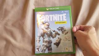 Fortnite: Deep Freeze Bundle Unboxing (Xbox One)