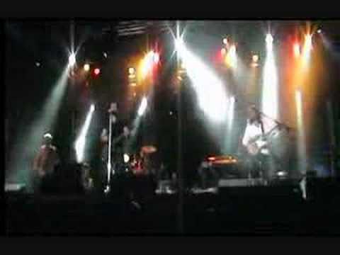 Maroon 5  Kiwi  in besancon 1206