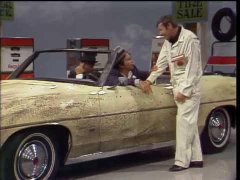 Dean Martin, Peter Falk & Paul Lynde  Getaway Car