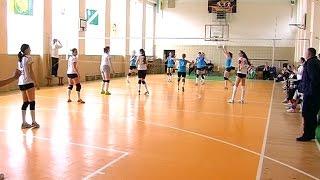 На фінішну пряму вийшов чемпіонат Івано-Франківщини з волейболу серед жінок
