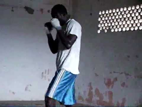 Boxin' Togo Moyibi.