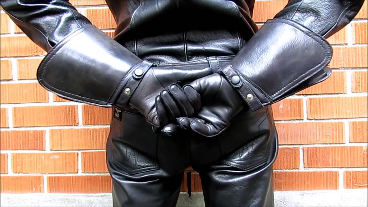 Black leather uniform gloves - Raber Gauntlet Leather Gloves