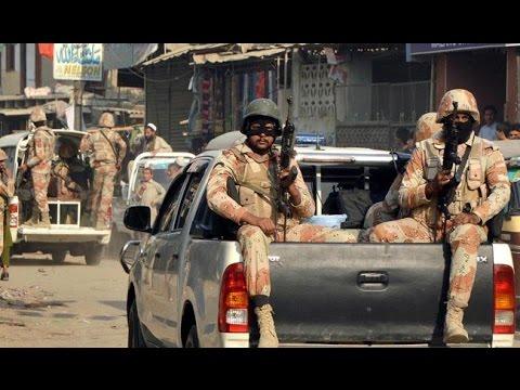 Mehmood Khan Achakzai bashes agencies after Quetta Blast - Express News 9 PM - 9 August 2016
