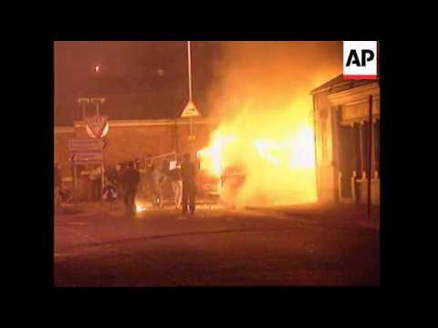 NORTHERN IRELAND: VIOLENT CLASHES IN STREETS OF LONDONDERRY