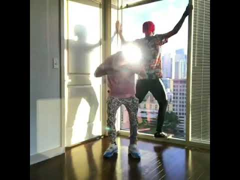Ayo and teo, Dougie dance