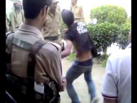Kashmir police in action.mp4