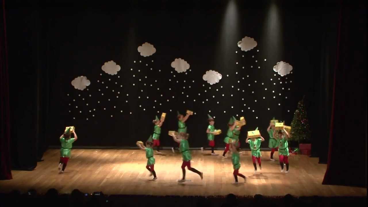 Duendes festival de navidad 2012 damar video realidao - Traje de duende para nino ...
