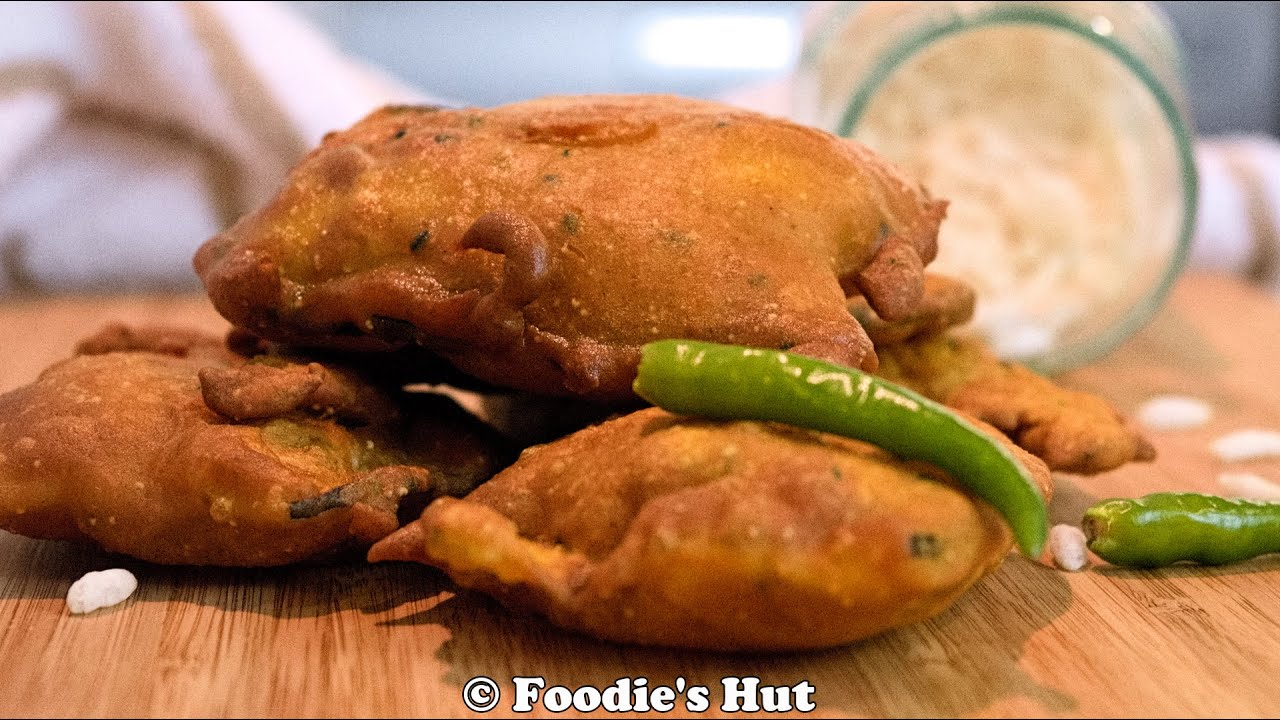 Beguni ( Bengali style Eggplant batter fry) recipe by Foodie's Hut ...