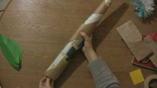Paper Craft Projects : How to Make a Palm Tree Using Construction Paper