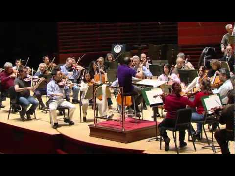 Yannick leads The Philadelphia Orchestra during rehearsal of Mozart's Requiem