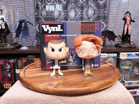 Stranger Things Eleven & Barb Vynl Funko Review