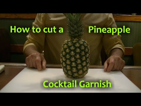 How To Cut A Pineapple Garnish for Cocktails Pineapple Drink Wedge Flag