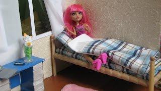 Деревянная кровать для кукол своими руками(А тут видео как сшить постель для кукол: матрас, одеяло и подушку https://www.youtube.com/watch?v=rJjxH-YVxPk., 2015-07-06T10:59:43.000Z)