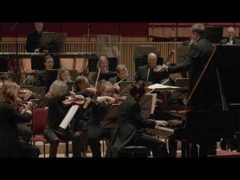 Teo Gheorghiu - Liszt/Schubert: Wanderer Fantasy w/ Liverpool Philharmonic