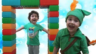 Yusufun Sihirli Dönüşüm Kapısı | Magic Door, Kids Pretend Play With Colored Brick