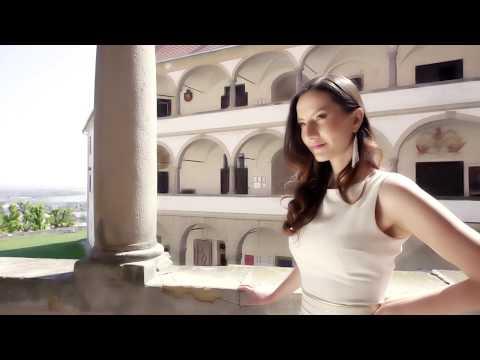 Eva C. Zimet Model Agency - Royal story [Fashion video]