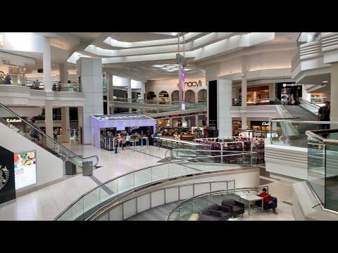Visit Woodfield Mall In Schaumburg, IL
