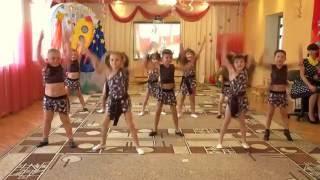 видео Детское развлечение в детском саду. Сценарии праздников и развлечений в детском саду