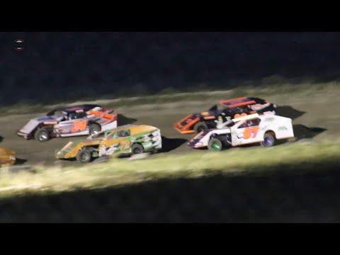 Wild Bill's Raceway Modified Heat Race 9/7/19