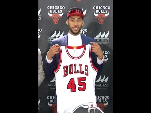 c46a3f35ece Denzel Valentine to wear #45 for Bulls - YouTube
