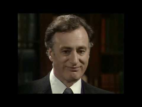 Да, господин министр, 1980-1984. А кто ещё работает в нашем департаменте?
