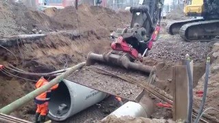 Hitachi Zaxis 470 LCH New Sewer Pipes