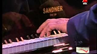 """#زياد_رحبانى يعزف رائعة """"اهو دا اللى صار"""" #جملة_مفيدة"""