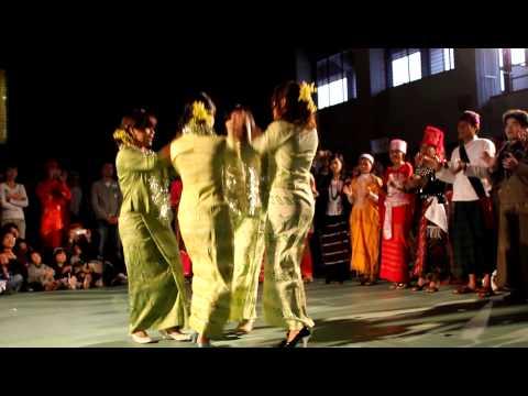 MM Dance Around The World IUJ 131110.MOV