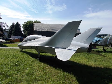 EM-10 Bielik Polish Jet