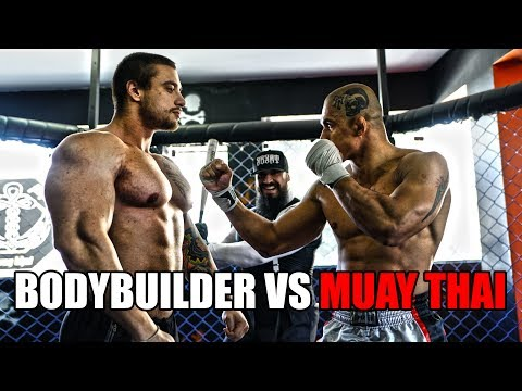 BODYBUILDER VS MUAY THAI