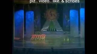 Dangerous  circus quite girl... Hindi song.. Bheegi bheegi ration me...