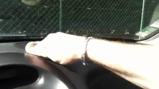 Nettoyer le tableau de bord de votre voiture: Astuce Auto - Nettoyage facile du tableau de bord
