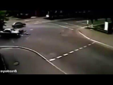 Những pha tại nạn môtô khủng khiếp nhất 2016