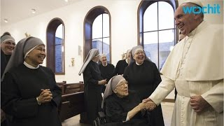 Pope Makes Surprise Visit to Nuns in Obamacare Lawsuit