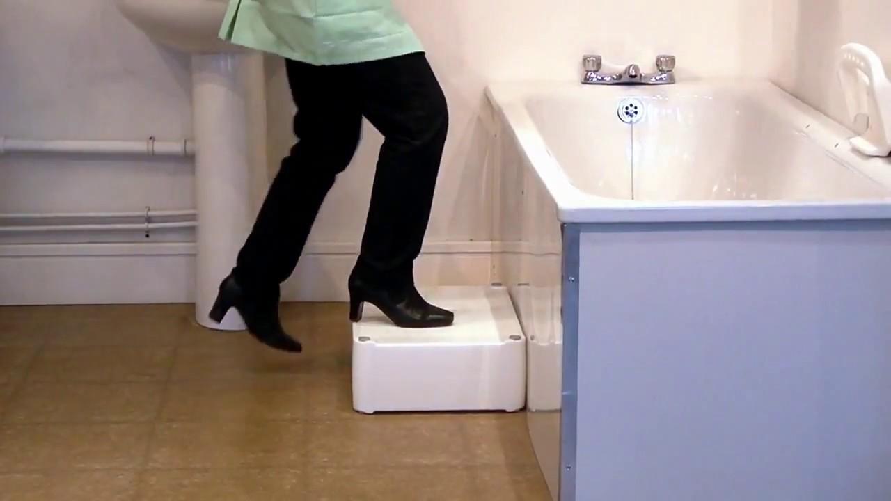 Marche Pour Monter Dans Baignoire marche pied pour baignoire «2 en 1» - marchepied baignoire